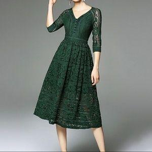 Metisu Forest Green Lace A-Line Midi Dress